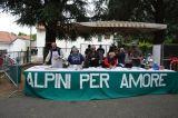 Alpini per amore: nel parcogiochi è festa per tutti