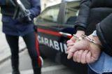 Carabiniere in borghese arresta al cinema zingaro latitante: per colpa sua un bimbo di 9 anni restò paralizzato