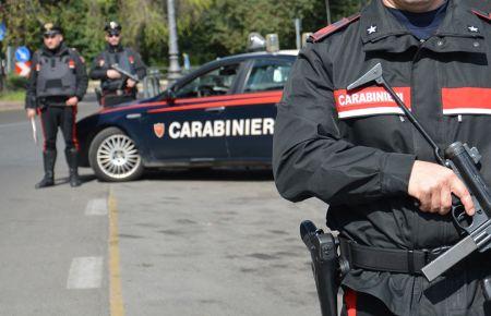 Carabinieri-Poliziotti.jpg