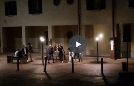 piazza_castello_musica.JPG