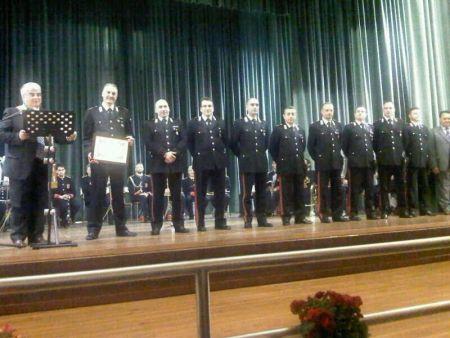 b_450_500_16777215_00_images_carabiniericoncorezzo2013.jpeg