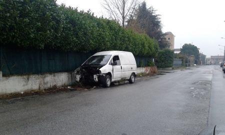 furgoneviaprimomaggio2013.jpg