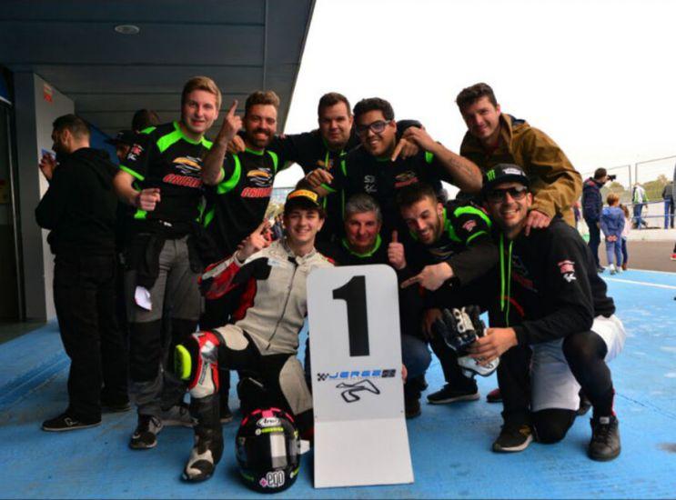Tutti in piedi sul divano: Ghidini primo a Jerez!