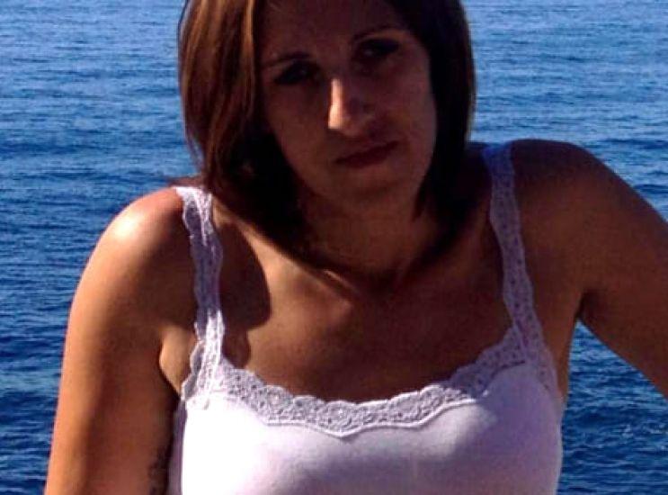 Ieri l'addio a Maddalena, giovane madre coraggio