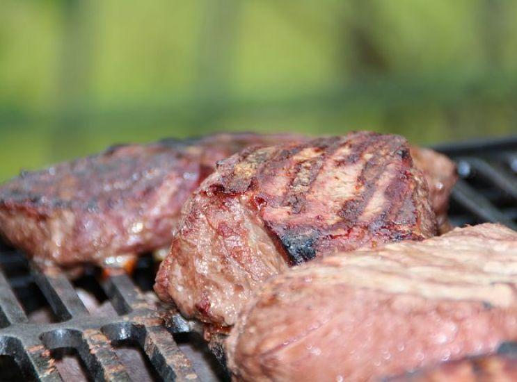 Concorezzo accende i carboni: campionato di barbecue